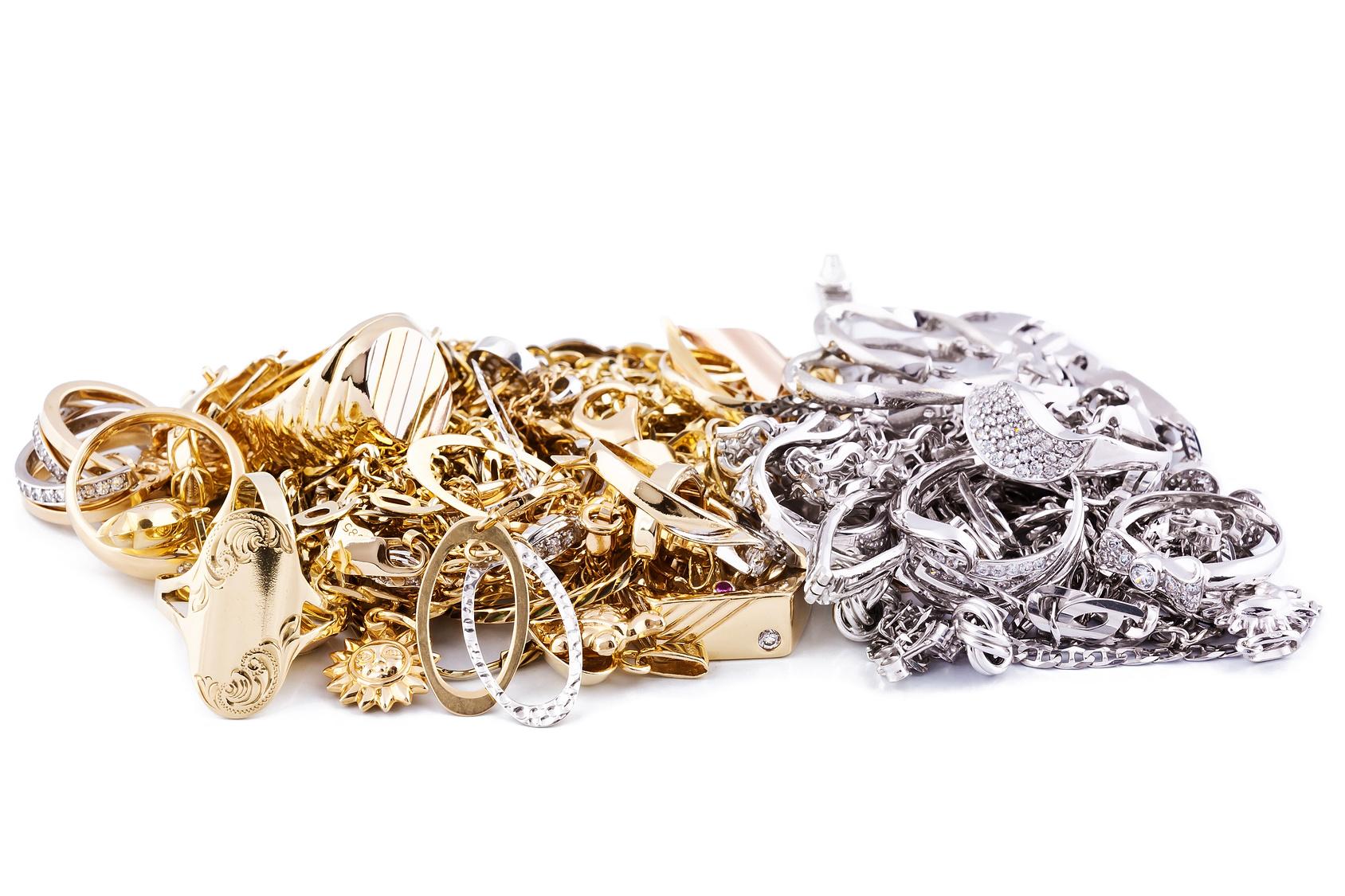aa1fb6d48e95d Vendre ses bijoux au prix le plus juste chez $$$ Speedy-CASH $$$
